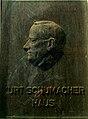 Kurt-Schumacher-Haus SPD Bezirk Hannover Landesverband Niedersachsen Odeonstraße 15 16 30159 Hannover Gedenktafel hinter Plexiglas.jpg