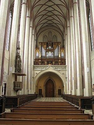 St. Martin's Church, Landshut - Image: Landshut St Martin Interior View Main Aisle Organ
