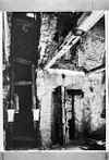 latere schoorsteen in rechter zijgevel op bel'tage -