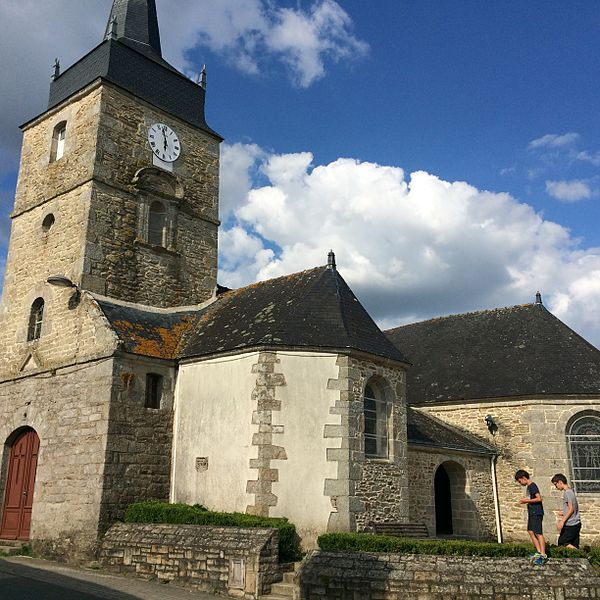 Photographie du village de Lauzach, , église