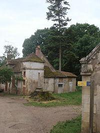 Le chemin de Compostelle passe à Thurigny (Nièvre, Fr).JPG