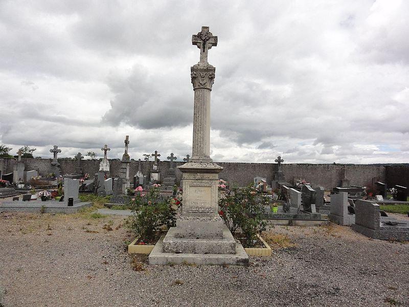 Lemainville(M-et-M) croix de cimetière
