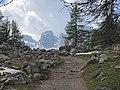 Les tours du Lac d'Allos au bout du chemin.jpg