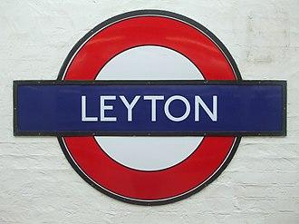 Leyton tube station - Image: Leyton large roundel