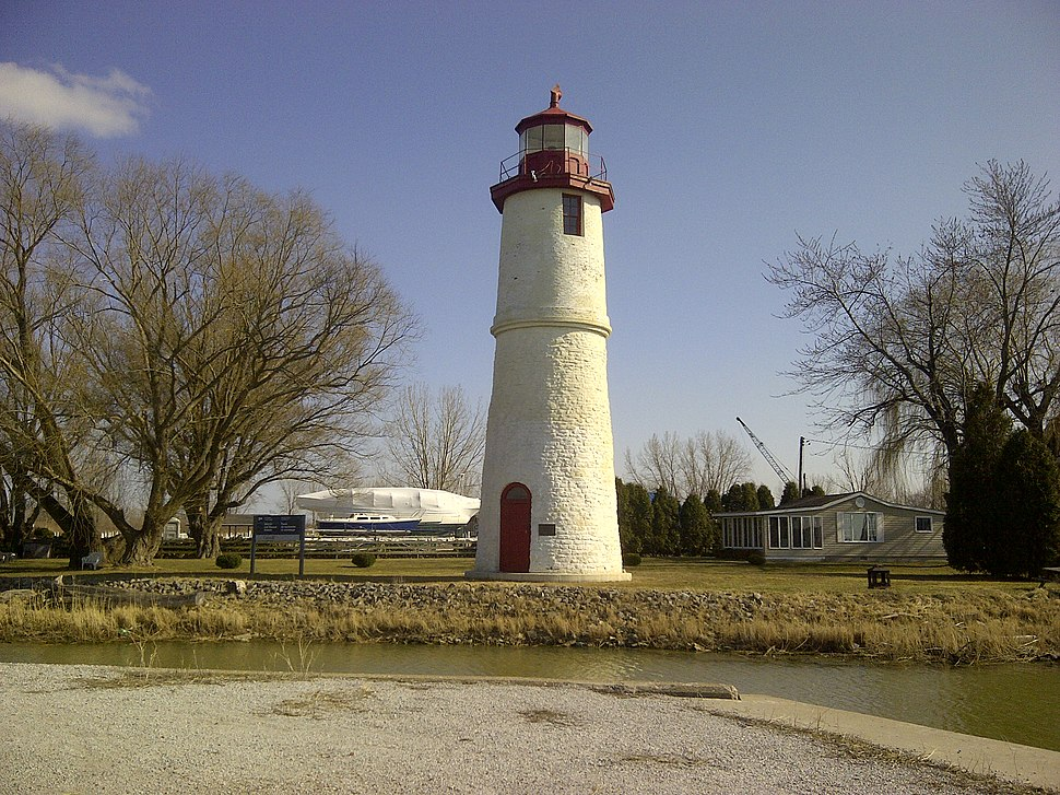 Lighthousecove(lighthouse)