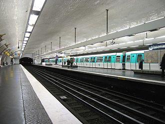 Varenne (Paris Métro) - Image: Ligne 13 Varenne 1