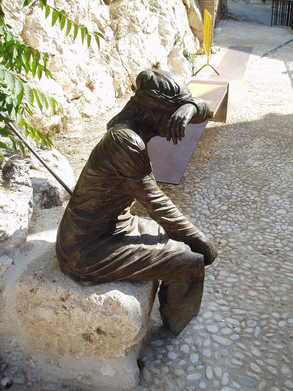 grande statue de jardin