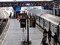 London Bridge platform 13-14.jpg