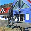 Longyearbyen - in onore dei minatori - panoramio.jpg