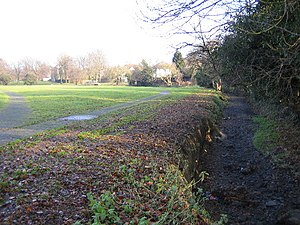 Lewsey - Luton, Lewsey Brook, Leagrave - geograph.org.uk - 101724