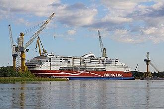 MS Viking Grace - Image: MS Viking Grace, Pernon telakka, Hahdenniemen venesatama, Raisio, 11.8.2012 (8)