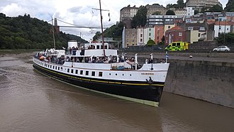 MV Balmoral - Image: MV Balmoral pulls into Junction Lock