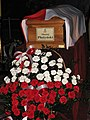 Maciej Plazynski coffin April 2010.JPG