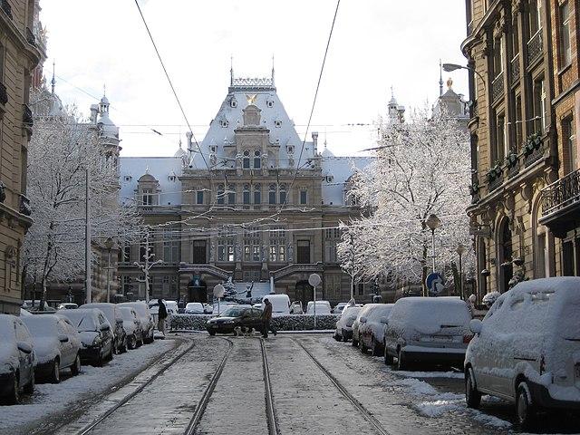 File maison communal de saint gilles bruxelles for Assurance gens de maison belgique