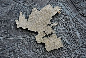 Warsaw Ghetto boundary markers - Close-up of the ghetto map with a pin marking the exact location of the commemorated place (Świętojerska Street)