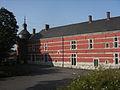 Marchienne-au-Pont - Château Bilquin-de Cartier - 30 - façade ouest et tour du logis.jpg