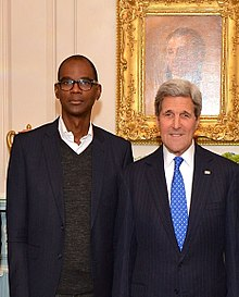 Mark Bradford and John Kerry.jpg