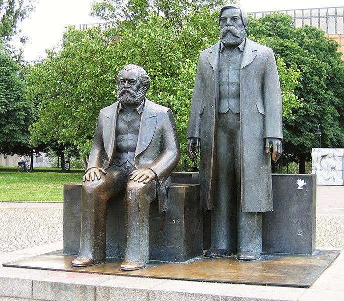File:Marx Engels Denkmal Berlin.jpg