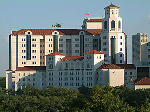 Memorial Hermann–Texas Medical Center - Memorial Hermann Hospital TMC in 2003