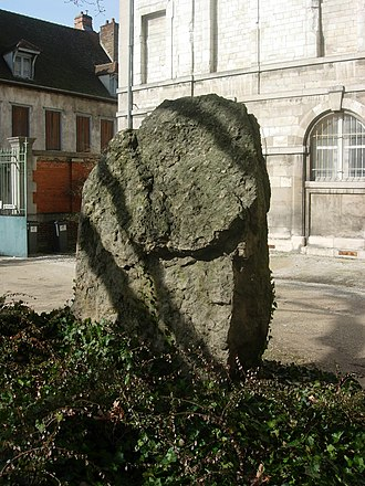 Barbuise - Menhir