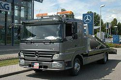 Mercedes-Benz Atego Facelift front.JPG