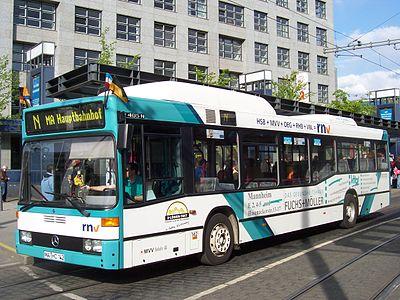 400px-Mercedes-Benz_O_405_N_CNG_Erdgasbus_100_5013.jpg