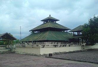 Indrapuri Old Mosque - Image: Meuseujid Indra Puri