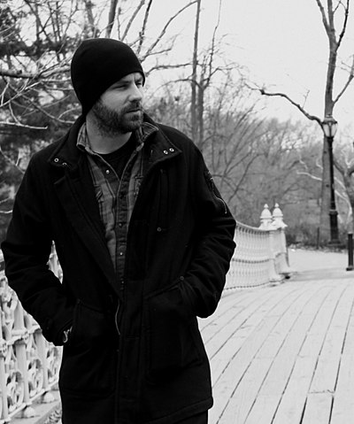 Picture of a band or musician: Mick Flannery