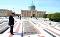 Mohsen Rezaei in Mausoleum of Hassan Modarres22.jpg