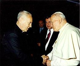 52a26be0bbb30 Monseigneur Antoine de Vial et le Pape Jean-PAUL II°.jpg