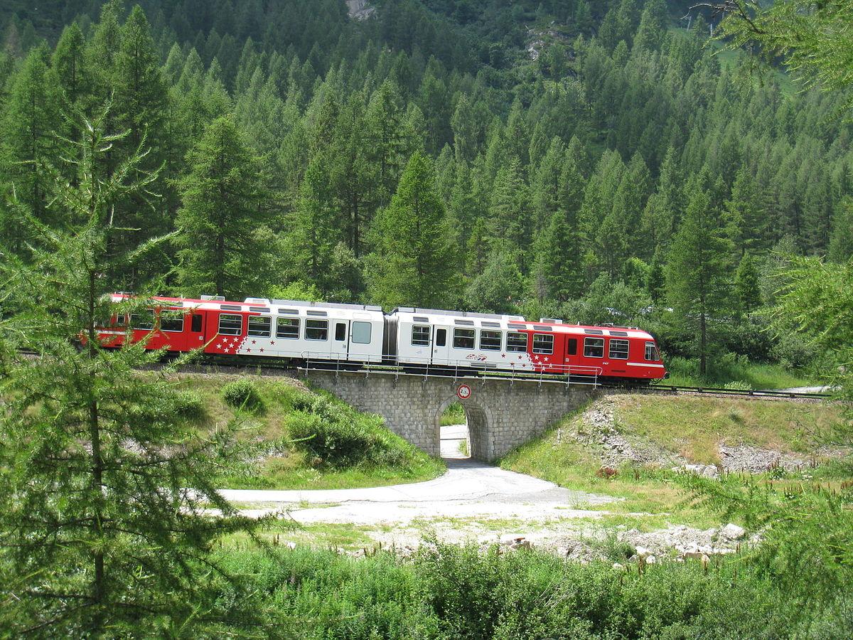 Mont-Blanc Express Train.jpg