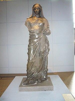 Basanite - Basanite statue of Agrippina Minor