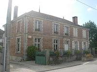 Montmorency Beaufort mairie.jpg