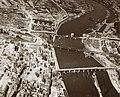 Moselbrücken Koblenz 1945.jpg