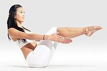 220px Mr yoga boat pose2 yoga asanas Liste des exercices et position à pratiquer