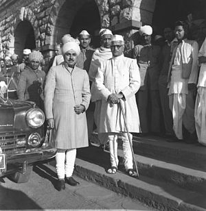 Narhar Vishnu Gadgil - N.V. Gadgil (right) at Bharatpur Railway Station for the inauguration of the Matsya States Union (March 1948)