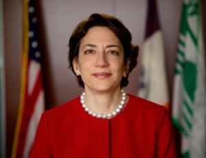 Polly Trottenberg - Image: NYCDOT Commissioner Trottenberg portrait