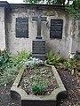Neuer Katholischer Friedhof 12.jpg