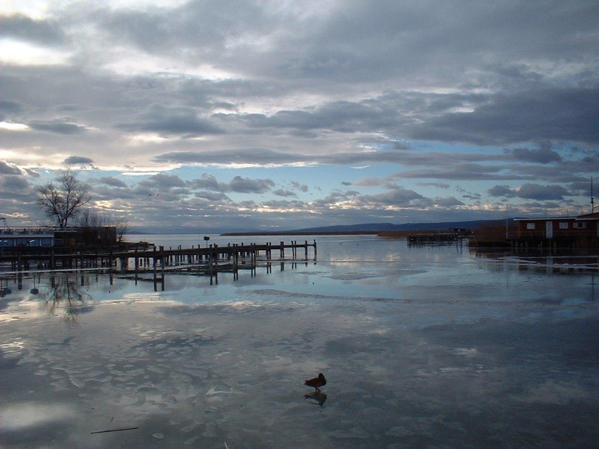 Rust neusiedlersee winter  Neusiedl Gölü - Vikipedi