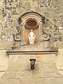 Niches and statues in Qrendi 03.jpg