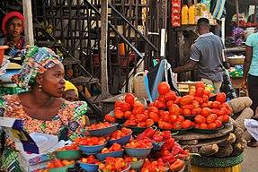 Nigerian Open Market vendors in Ilorin2.jpg