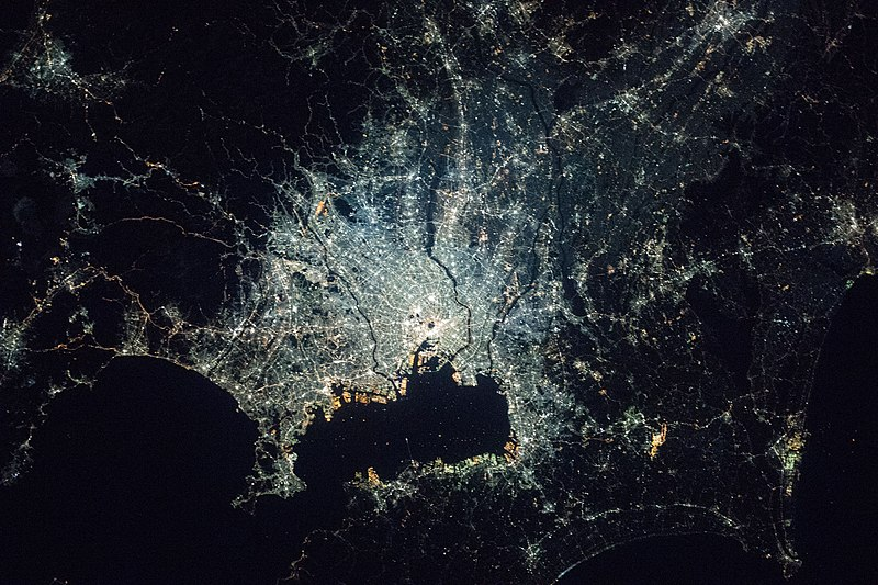 File:Night in the Greater Tokyo Area ISS054.jpg