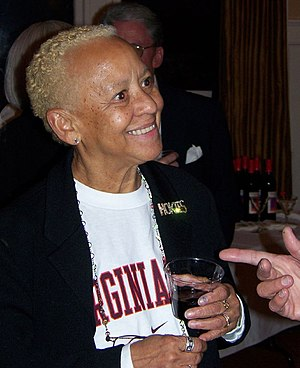 English: Nikki Giovanni. Pictures from the Ark...