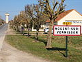 Nogent-sur-Vernisson-FR-45-panneau d'agglomeration-04.jpg