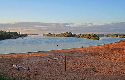 Novgorod - Volkhov beach