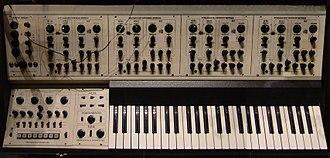 Oberheim polyphonic - Image: Oberheim 4 voice