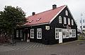 Old house in the centre of Hafnarfjördur.jpg