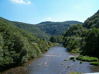 Ardennen-Flusslandschaft in Luxemburg
