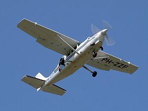 PH-ZZF Cessna T207-A Soloy cn20700747.JPG