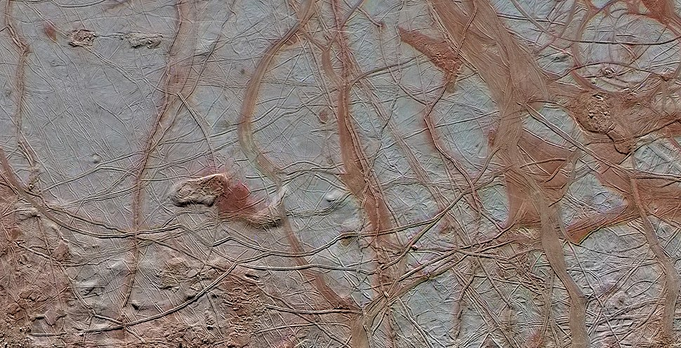 PIA20028 - Europa's varied surface features (rotated)